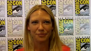 A Few Minutes with Fringe Co-Star Anna Torv at SDCC