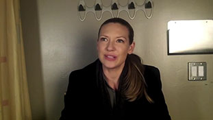 Anna Torv- There Are a Couple of Big Things That Change the Course of Our Show.mp4-00006