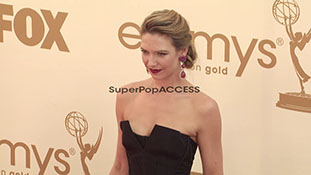 Anna Torv at the 63rd Primetime Emmy Awards - Arrivals_1