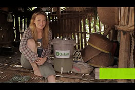 Anna Torv for Oxfam Unwrapped