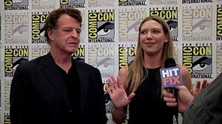 Fringe - Anna Torv and John Noble