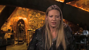 Fringe - Interview with Anna Torv - Back in Action.mp4-00009