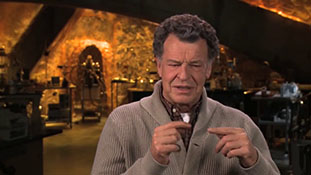 Fringe - Interview with John Noble - Walter.mp4-00026