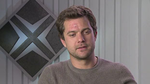 Fringe - Interview with Joshua Jackson - Core Mystery.mp4-00002