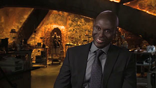 Fringe - Interview with Lance Reddick - Reading the Finale.mp4-00010