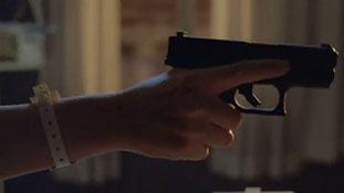 Fringe - Season 2 - Paranoia (Fefe Dobson).mp4-00008