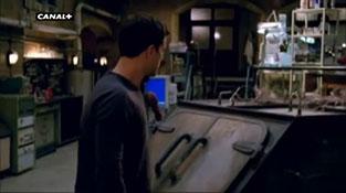 Fringe - Season 2 - Promo #1  Segunda temporada version doblada Canal+.mp4-00009