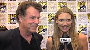 Fringe Season 4 Comic-Con 2011- Cast & Crew Discuss Their Super Fans