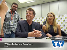 William Sadler and Anna Torv at Comic Con - TV Fanatic