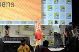 Comic-Con 2012- Cast of FRINGE says goodbye.MP4-00002