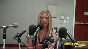 Anna Torv- Fringe Cast Is Happy To Have A Series Finale.mp4-00011