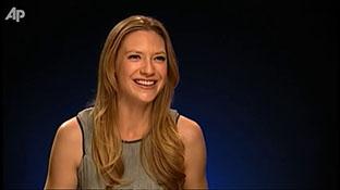 Anna Torv Talks 'Fringe' Ratings, Peter's Return on MSN Video.mp4-00001