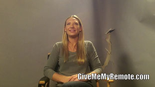Anna Torv Teases -Through the Looking Glass and What Walter Found There.mp4-00005