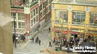 Anna Torv filming a scene for Fringe in Vancouver.mp4-00001