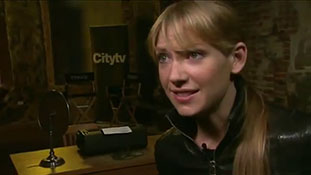 Fringe - Cast Talks Season 3 Continued.mp4-00001