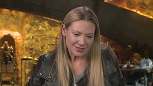 Fringe - Interview with Anna Torv - The Enigma of Nina.mp4-00014