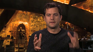 Fringe - Interview with Joshua Jackson - Over There.mp4-00006