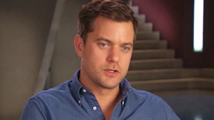 Fringe Season 4 Fans Ask- Episode 419.mp4-00016
