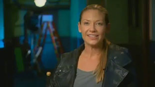 Fringe cast talks with FOX News.mp4-00001