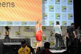 Comic-Con 2012- Cast of FRINGE says goodbye.MP4-00002