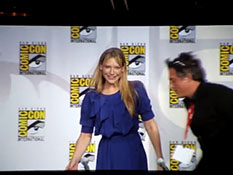 Fringe Panel Comic-Con 2010 Part 1.mp4-00005